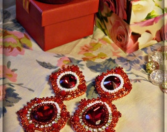 "Red Beaded Earrings ""Lady in red"""