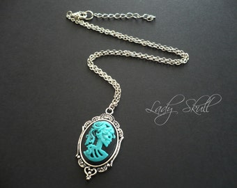 Skull cameo necklace - Turquoise and black on silver