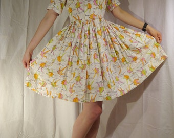 Beautiful Vintage Shirtdress -  Cotton White Print Swing Dress 50s 60s waist 28'' Size M