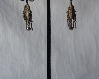 Vintage Flower and Bow Chandelier Wind Chime Earrings