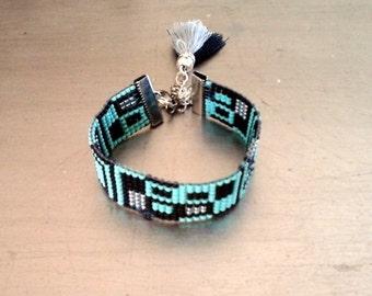 Friendship woven cuff bracelet, Boho  Mint and black color bbeadloom bracelet, Abstract design friendship cuff