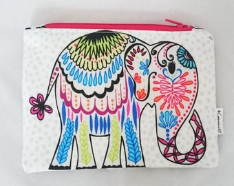 Small zip bag/purse with elephant