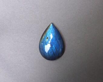 Blue Flash Labradorite Cabochon. Labradorite cabochon.