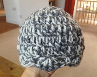 Crochet Baby Beanie Hat With Scalloped Edge - Size Newborn to 3 Months - Grey and White