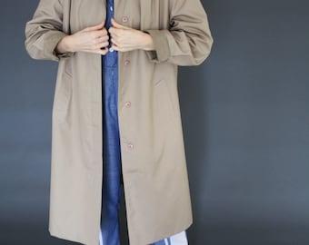 SALE Minimalist Nordic design trapeze trench coat w suede details & Mao collar S / M