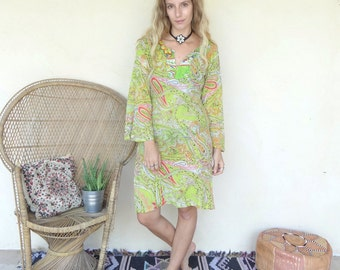 Vintage Bohemian Green Paisley Kaftan Dress