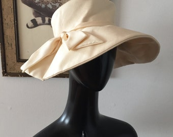 1950s Ivory Silk Wide Brim Wedding Hat
