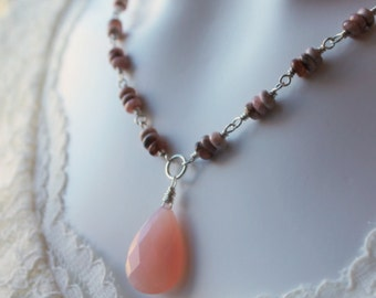 Pink Chalcedony Necklace / Pink Rhodochrosite / Dusty Rose / Gemstone Necklace / Semi Precious Stone / Beaded Necklace / Natural Beauty