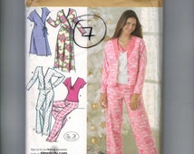 Misses Sewing Pattern Simplicity 3928 Misses Robe Pajamas Nightgown Top Pants Stretch Knit Pjs Size 12 14 16 18 20 Bust 34-42 UNCUT