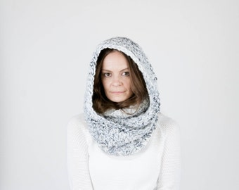 Chunky Knit Infinity Scarf Cowl / THE OREGON / Fog