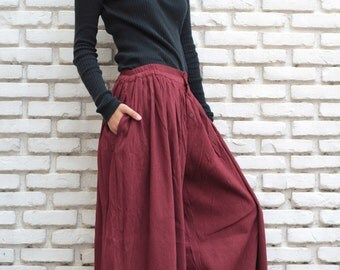 Take a walk...Maroon Red pants, bloomer,long pants P 376   (S-M)