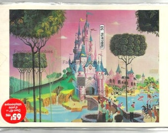 Vintage French Puzzle Phonecard - EURO DISNEYLAND PARIS - 1993 - Mint french telecarte original Blister- back printed English & French-