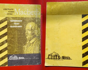 1964 Complete Study Guide Macbeth Summary Text Glossary of Shakespeare play Cliff's Notes theater literature illustrated pamphlet book