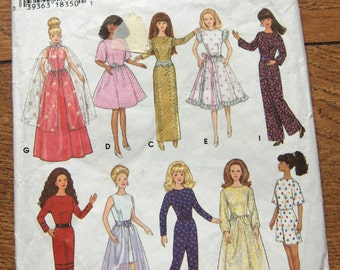 Simplicity pattern 9838 Barbie FASHION DOLL CLOTHES