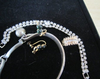 Assorted Jewelry Lot, Ring Bracelets and Earrings