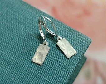 Hammered Silver Earrings, Sterling Silver Dangle Earring, Small Tag, Silver Lever back Earrings, Everyday Earrings, Minimalist Jewelry