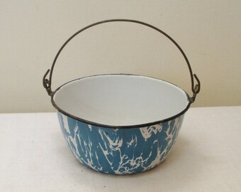 Vintage Blue Swirl Graniteware Pot with Bail Handle - Blue Enamel Ware