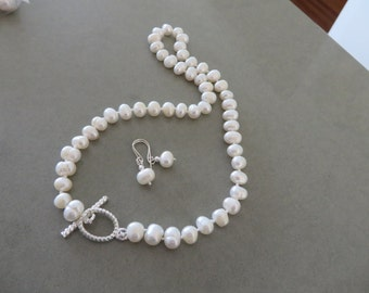 Wedding Necklace, Hand Knotted Pearls, White Freshwater Pearls, Bride, Mother of Bride, Bridesmaid,