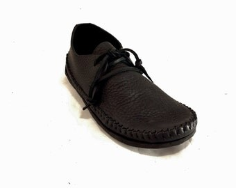 NEW! Sneakasin Moccasin Black Hand Stitched Soft Bullhide Leather Upper With A Durable Flexible VIBRAM Sole Everyday Mens Womens Moccasins