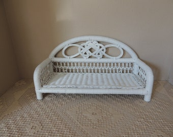 Painted Country White Low Wicker Wall Shelf. Free Standing White Knick Knack Shelf. White Rattan Single Shelf. Plant Display