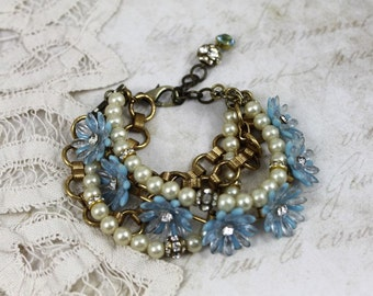 MultiStrand Daisy Assemblage Bracelet, Blue Daisy Bridal Bracelet, 1950s Daisy Link Bracelet with Pearls and Gold Chain