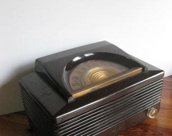 Vintage 1950 Philco Tube Radio Model 50-920