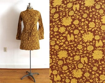 70s Mini Dress / 1970s Autumn Fall Tree Botanical Novelty Print Brown Mini Dress