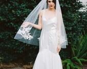 Rosette, Fingertip Veil, Ivory Lace Appliques Veil, Chapel Veil, Bridal Veil, Cathedral Veil, Bridal Wedding Veil, Lace Appliques Veil