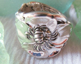 Antique Spoon Ring  Sterling Silver  Peony   Size 8.25