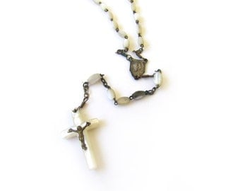 Vintage Rosary With Mother Of Pearl c.1940s