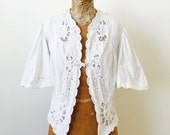 Vintage 1930s White Cotton Lace bed jacket/Whitework/Embroidery/Vintage wedding/Bridal
