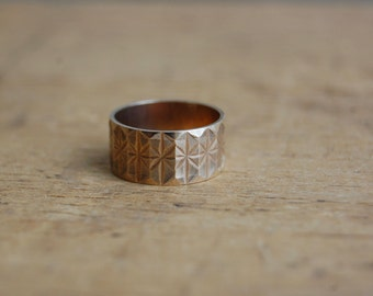 Vintage English 1970s wide 9CT gold textured band