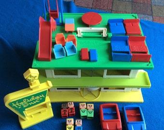 Playskool Holiday Inn Set