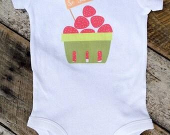 NEW So Sweet Strawberries Onesies®, Baby Girl Onesie, Fruit Onesie, Farmer's Market Onesie, Graphic Onesie, Trendy Baby, Toddler Girl Shirt