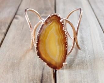 Orange Agate Slice Statement Cuff Bracelet/ Natural Stone/ Large Agate Slice/ Gemstone Natural Stone Jewelry/ Gold Cuff Bracelet (BLD14)