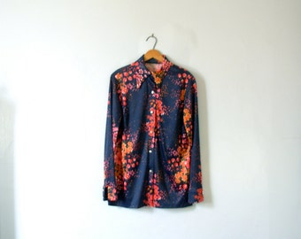 Vintage 70's blouse, navy blue blouse with floral print, size large