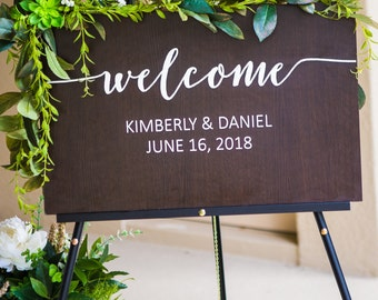 Welcome Sign for Wedding, Personalized Wooden Painted Sign for Wedding Entryway Display, Rustic Wedding Decoration Sign (Item - WEL600)