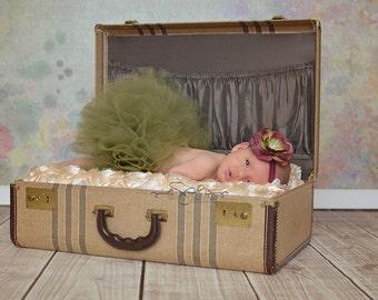 Infant Tutu, Baby Tutu, Old Willow Green Tutu Set, Baby Girls Tutu, Toddler Tutu, Christmas Tutu, Newborn Birth Announcement Photo