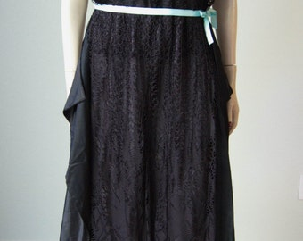 1920s Black Silk Dress with Panniers and Lace Overlay // Flapper - Gatsby // Small to Medium