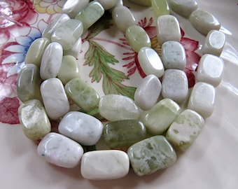New Jade Serpentine Beads in Sea Green, Peridot and White, Rectangle Nuggets, Approx 15mm x 10mm, 1 Strand 25 Beads, Polished Gemstones