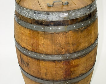 "BARREL -  ""Receptacle"" - Wine barrel trash can w/ removable lid -  100% recycled"