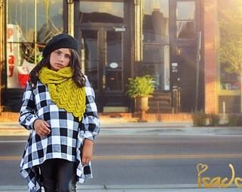Girl's asymetrical plaid blanket tunic Black and white buffalo plaid