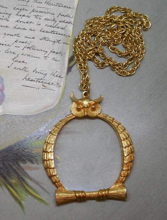 retro large gold magnifier owl pendant necklace