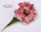 Little spring  flower brooch hand felted corsage felt flower