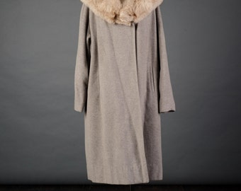 Vtg 1950s gray cashmere swing coat with large fur collar, XL