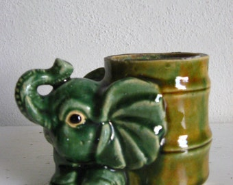 Lucky Trunk Up CuTest Little Elephant Vintage Pottery Planter Great for Bamboo plant or hold pencils & pens! Zen!