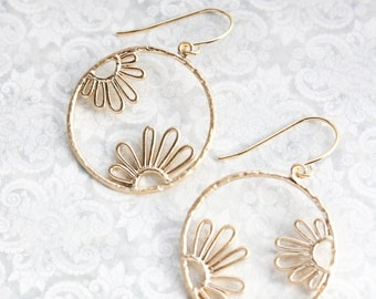 Gold Floral Filigree Earrings Daisy Earrings Modern Dangle Boho Chic Gold Bridal Jewelry Bridesmaids Gift for Her Lightweight Nickel Free