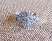 Vintage 1980's Harley Davidson Logo Men's Ring | Silver Ring with Large Harley Davidson Logo | Biker, Boho, Outlaw | Size 15.5