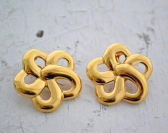 1980s Monet Gold Flower Clip Earrings