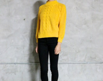 sweater, knit, vintage sweater, 80's mustard yellow chunky cable knit sweater, mock neck, medium, minimal basic preppy, medium M